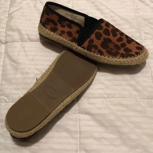 Girls Slip on shoes! NWOT.